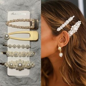 Urban Outfitters Accessories - hair accessory set of 5